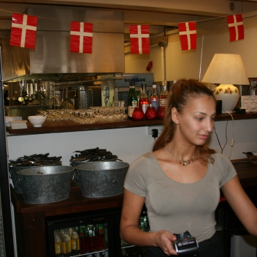 Nikita - Restaurant Laura